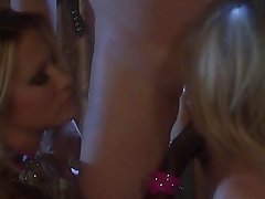 Jessica D and Nikki Benz threesome