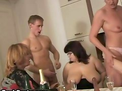 Four mature housewifes love getting