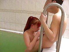 Plump pretty mom with hairy pubis & guy at sauna