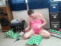 Sissy Jeffrey Wrapping Presents