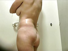 Dutch Milf Voyeur Shower