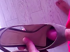 shoejob with high heel