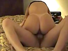 He gets wife into doggy style for fuck