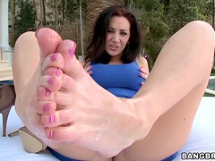 Sexy footjob outdoors from Jayden Jaymes