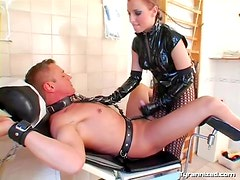 Latex is sexy on this hot mistress
