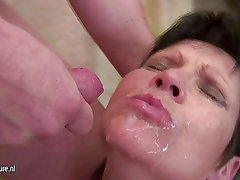 Old granny gets a mouth full of young cum