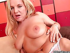 Blonde soccer milf probes her asshole with a dildo