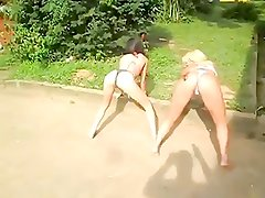 2 sexy girls twerking in bikini tanga