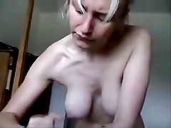 Sexy Girlfriend Wanks Him Off And Begs For His Cum !