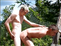 Two horny guys banging an outdoors fuck