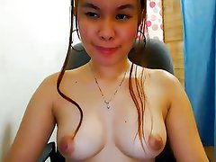 CUTE FILIPINA CAM GIRL SHOWS OFF HER NICE BOOBS!!