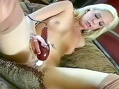 Bikini tease outdoors leads to masturbation