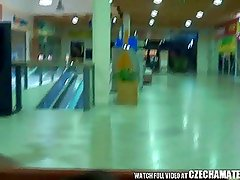 AMATEUR Exhibitionist Couple Fuck in Shopping Mall