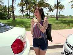 Alykat Lauren sucks a dick in a car and gets fucked in many positions