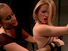 Ardent blond whore gets her cuddly body slapped with lash