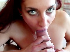 Naughty gal goes crazy in oral