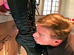 She makes him submit and blows him