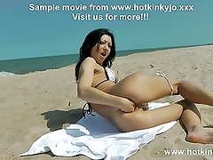 HOTKINKYJO in MICROBIKINI PROLAPSE & FISTING AT PUBLIC BEACH