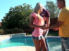 Sexy blonde Ivana Sugar enjoys awesome MMF threesome on hte poolside
