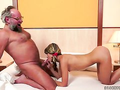 Brunette Doris Ivy having oral fun with hot fuck buddy