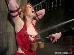 Juicy blondie gets sprayed, drilled by a machine and waxed