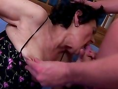 Amateur Granny Loves The Taste O...