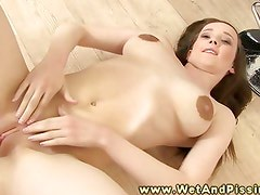 Pee watersports fetish babe rubs clit in high def