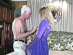 Amateur chick in stockings and dress gets fucked by old dude