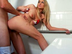 Blonde whore Amanda Tate gives head and gets her muff fucked hard