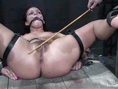 Sara Faye gets her snatch beaten and toyed in amazing BDSM clip
