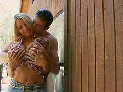 Big titted blonde MILF Emma Starr gives deepthroat blowjob outdoor
