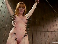 Redhead Marie Mccray gets bonded and clothespinned