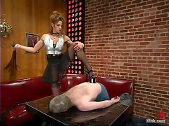 Gorgeous Kym Wilde is making fun of that mature dude