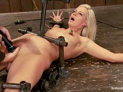 Kinky blond angel gets trapped on the floor and twitched