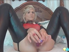 Leather leggings look sexy on masturbating girl
