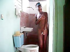 Cuban ebony taking a bath