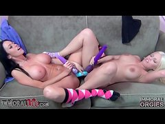 Chicks with fake tits share double dildo
