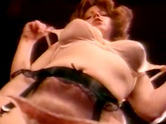 Duet of busty brunette girls suck one big dick on couch in threesome