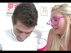 Rough nonstop se with the beautiful blonde teen Jessi Andrews