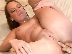 Haley Sweet just loves to suck and