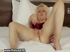 Mature blond housewife cant part1