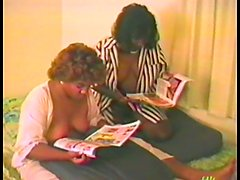 Retro homemade with two ebony girls having threesome