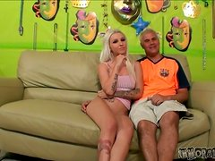 Slim Stevie Shae rides big dick and gets her pussy licked