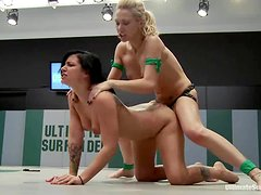 Tori Lux gets toyed and fingered by Samantha Sin after a catfight