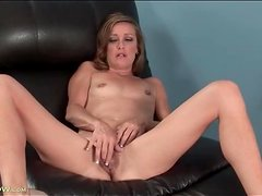 Skinny mature slut plays with her hairy vagina