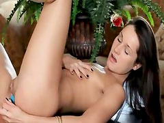 Ultra sexy toy in beautiful pussy