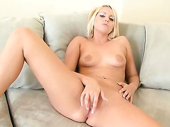 Vanessa Cage cant live a day without playing with herself