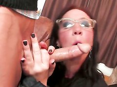 Jayden Jaymes gets her mouth fucked