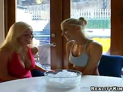 Two charming blondes eat each other's pussies in the bathroom