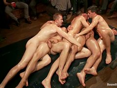 Amazing Gay Orgy Between 5 Stunning Dudes In Public